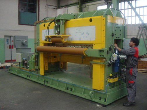 Erection of Rotary Shear for Cut to Length Line