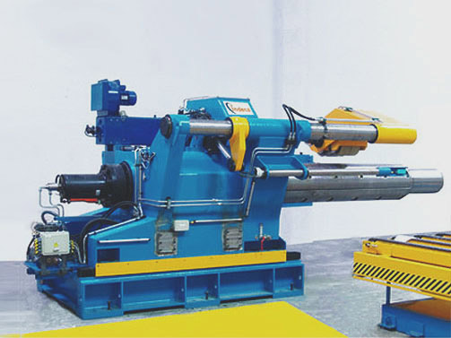 Hydraulic Decoiler for 40t. weight x 2000 mm x 10 mm. For Stainless Steel