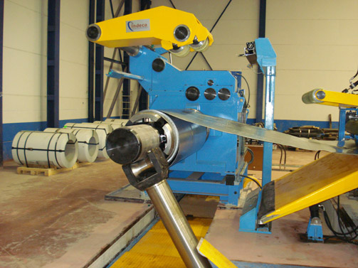 Decoiler & Peeler for strip of Stainless Steel of 2000 x 3 mm