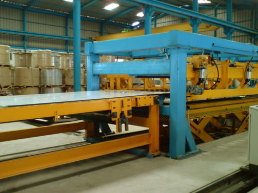 Inspection conveyor & Bomb-door Stacker for 2000 x 12 mm for stainless steel